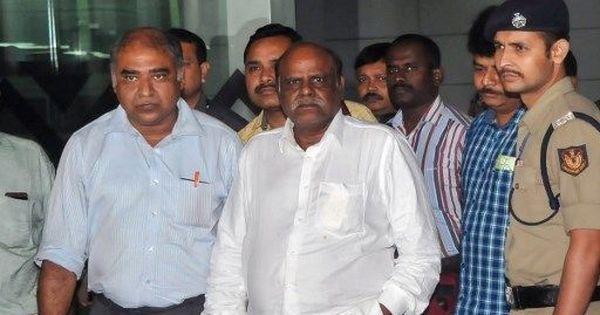 Justice CS Karnan asks West Bengal governor for parole