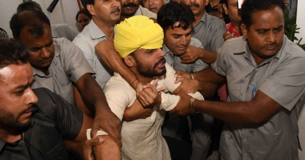 Two alleged AAP volunteers jailed for one month for ruckus in Delhi Assembly