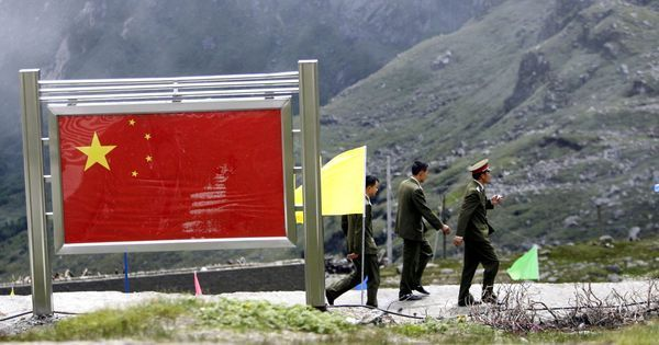 Foreign Secretary visits Bhutan as reports say Chinese, Indian troops been deployed at Doklam again