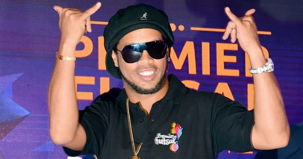 Premier Futsal rides on popularity wave created by Ronaldinho, who extends association by 3 years