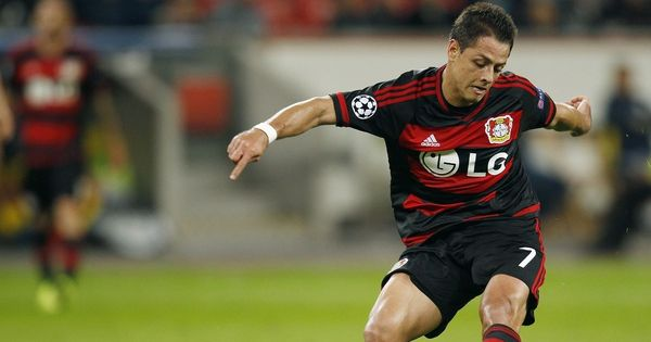 Chicharito to make EPL comeback: West Ham confirm deal to sign former Manchester United striker