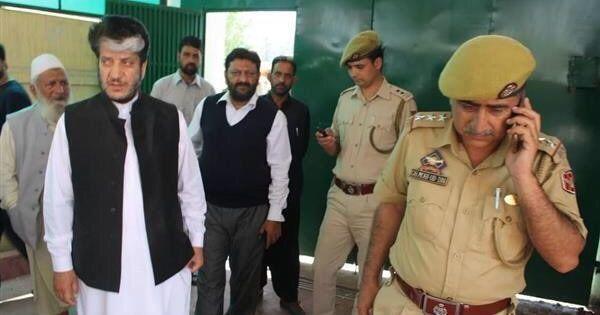 Enforcement Directorate arrests separatist leader Shabir Shah for alleged money laundering