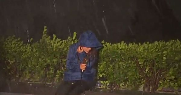 Watch: This Turkish journalist battled a hailstorm to report live news