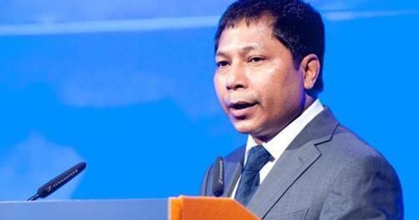 Meghalaya CM Mukul Sangma yet to register for Aadhaar, says he shares the concerns of his people