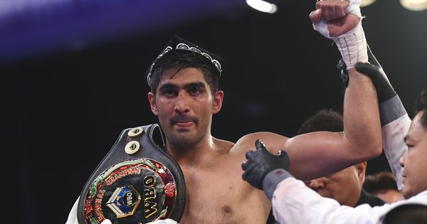 Vijender Singh likely to face British and Commonwealth champion Rocky Fielding in March next year
