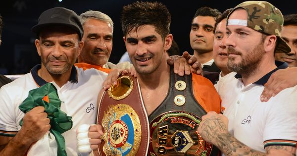 Vijender Singh's pro-boxing debut in US delayed after he injures his eye while training