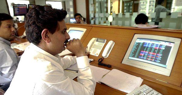 दो लाख संदिग्ध खोखा कंपनियों के बैंक खाते सील किये जाने सहित आज के ऑडियो समाचार
