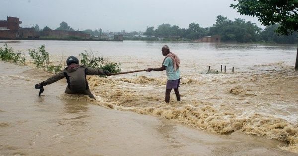 Nepal: 200 Indian tourists stranded in Chitwal because of floods and landslides