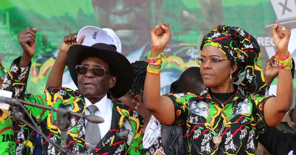 Zimbabwe: President Robert Mugabe's own party asks him to step down, to hold rally today