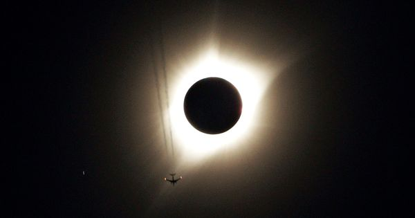 In photos: Rare, total solar eclipse leaves United States in awe