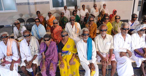 कैसे 21वीं सदी के भारत में भी घरेलू उपचार अंधेपन का एक बड़ा कारण बने हुए हैं