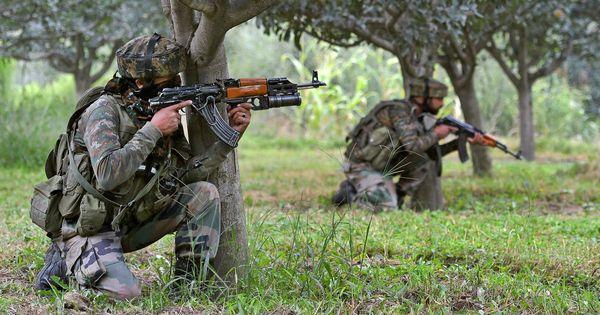 पहली बार कश्मीर में भारतीय वायु सेना के दो गरुड़ कमांडो शहीद