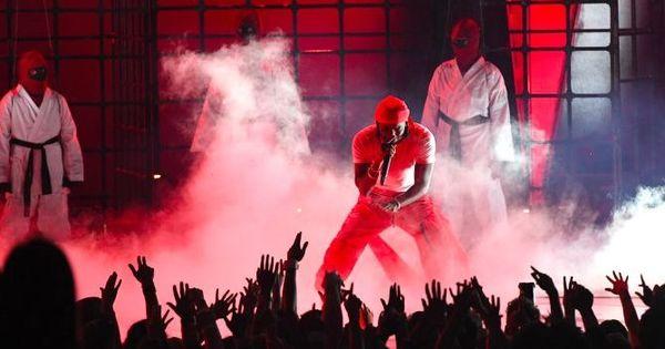 Rapper Kendrick Lamar wins six awards at the MTV VMAs