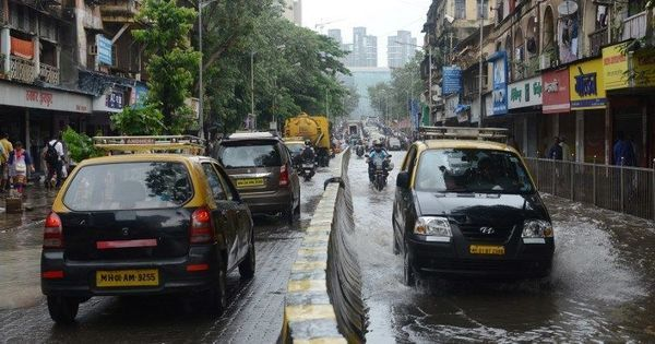 Mumbai: IMD predicts heavy rainfall in parts of the city till Wednesday morning