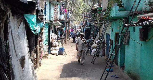 Delhi: Congress moves SC against its order to demolish slums along railway tracks
