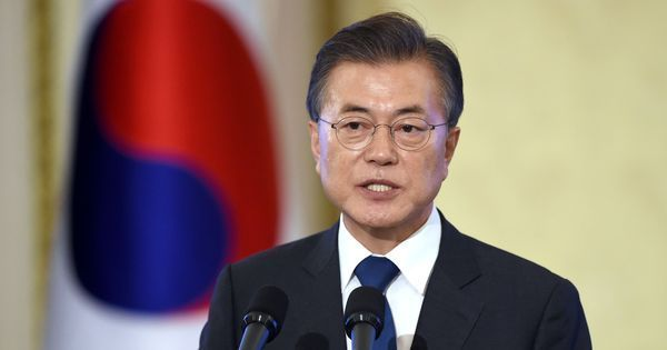 South Korea says it has stopped broadcasts across the border into North Korea ahead of talks