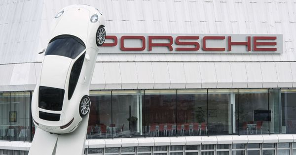 Porsche not ruling out Formula One return as engine supplier