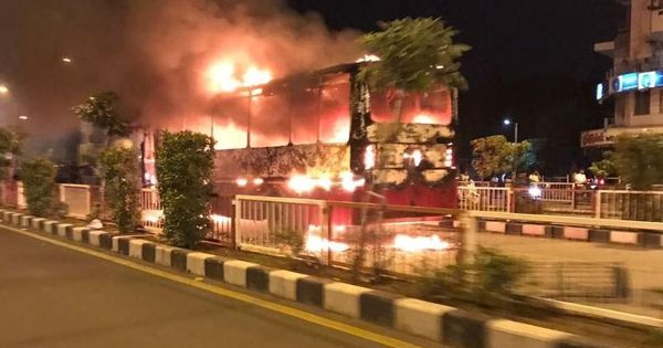Gujarat: Two buses torched in Surat after police detain protesting Patidar youth