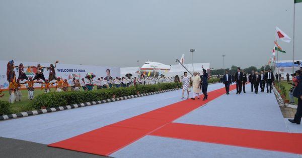 Ahmedabad: Narendra Modi, Japan PM Shinzo Abe set off on roadshow to Sabarmati Ashram