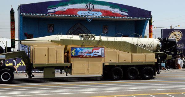 उत्तर कोरिया के बाद अब लगता है ईरान भी अमेरिका को आंख दिखाने लगा है