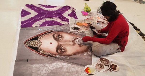 Five arrested for vandalising Padmavati-inspired rangoli at Surat mall