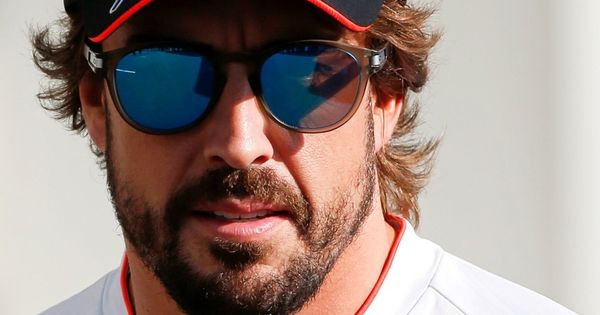 Formula One: Fernando Alonso signs one-year contract in boost for McLaren