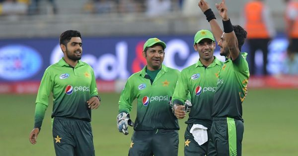 Pakistan thrash Sri Lanka by seven wickets to win fourth one-day game