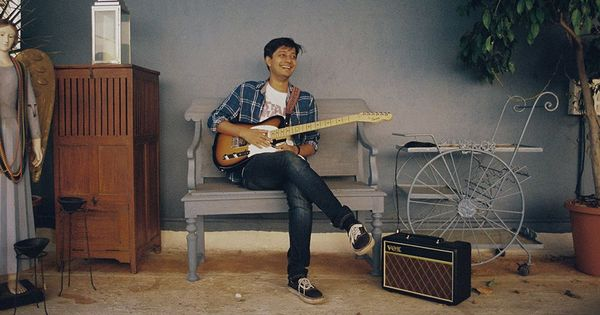 This Indian singer is a lesson in how to quit a dead-end job and launch a music career