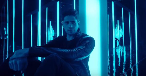 The new 'Raat Baaki' from 'Ittefaq' breaks no new ground but is pleasant enough