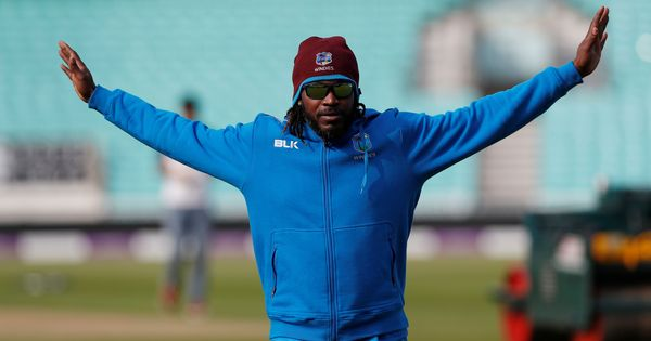 'Universe Boss' Chris Gayle smashes record 18 sixes on way to 146 off 69 balls in BPL final