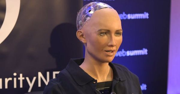 Conversations with Sophia, the world's first artificially intelligent robot with citizen status