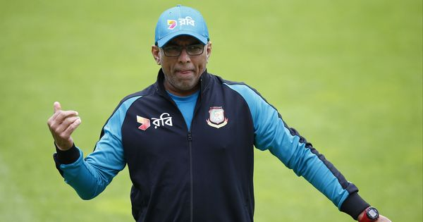 Sri Lanka want Chandika Hathurusingha as coach, write to Bangladesh Cricket Board