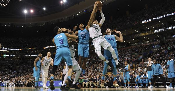 NBA: Boston Celtics extend winning streak to 11, beat Charlotte Hornets