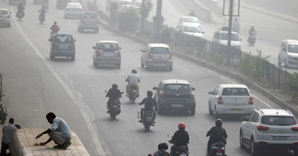Supreme Court miffed with Delhi traffic police for not implementing proposals on decongesting roads