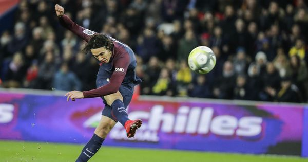 Cavani downs Claudio Ranieri's Nantes as PSG extend Ligue 1 lead to 6 points
