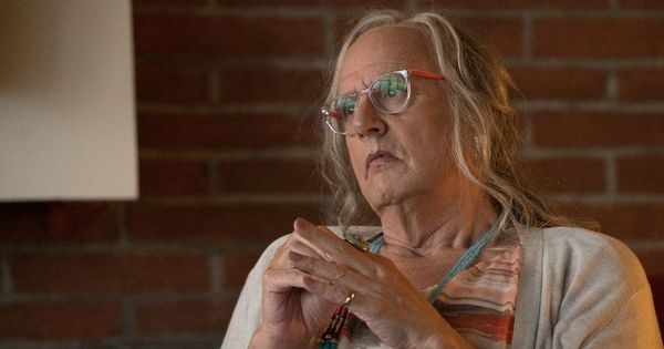'Don't see how I can return': Jeffrey Tambor quits 'Transparent' after sexual harassment allegations