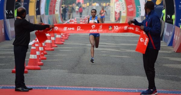 Ethiopian athletes dominate Delhi half marathon, Nitendra and Suriya top Indian runners