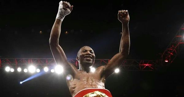 Zolani Tete makes history with 11 second world title bout knockout