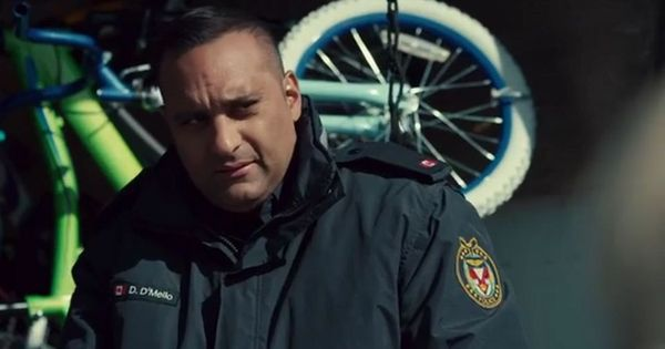 Russell Peters headlines Netflix Canada mini-series 'The Indian Detective'