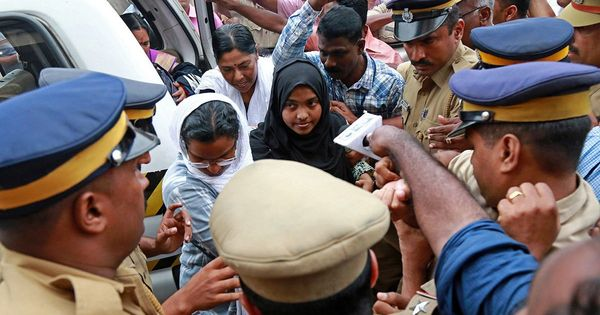 Hadiya speaks to husband over phone, father says he will move SC against college