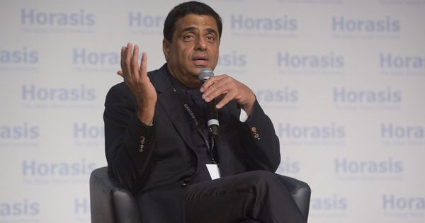 Ronnie Screwvala to produce series on Bhopal gas tragedy based on Dominique Lapierre book