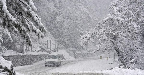 Jammu and Kashmir: Snowfall triggers power cuts, water-logging; key national highway remains closed