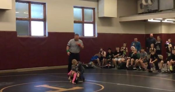 Watch: A two-year-old tried to rescue his sister by attacking her opponent in a wrestling match