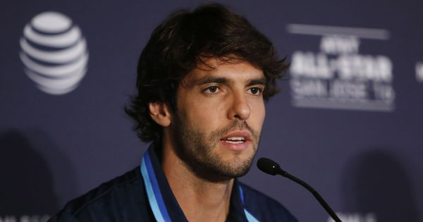 Kaka announces retirement, hints at taking up managerial role at AC Milan