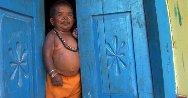 Video: This 50-year old man from Madhya Pradesh stopped growing after the age of five
