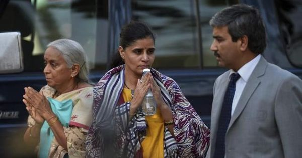 What was Pakistan aiming to achieve by letting Kulbhushan Jadhav meet his wife and mother?