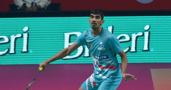 PBL: Saina, Srikanth lose but Awadhe Warriors pip Ahmedabad Smash Masters to top table