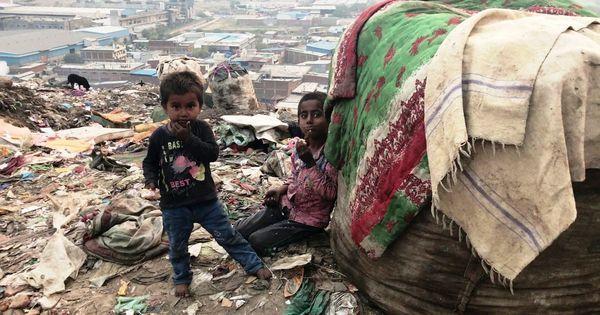 अहमदाबाद के इन लोगों की जिंदगी गुजरात के विकास मॉडल को तमाचा मारती दिखती है