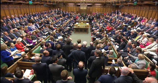 ब्रेग्ज़िट पर ब्रिटिश सरकार की हड़बड़ी वहां की राजनीतिक प्रणाली की गड़बड़ी को भी दिखाती है