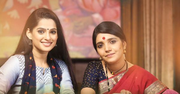 Trailer talk: Mukta Barve and Priya Bapat share a special bond in 'Aamhi Doghi'